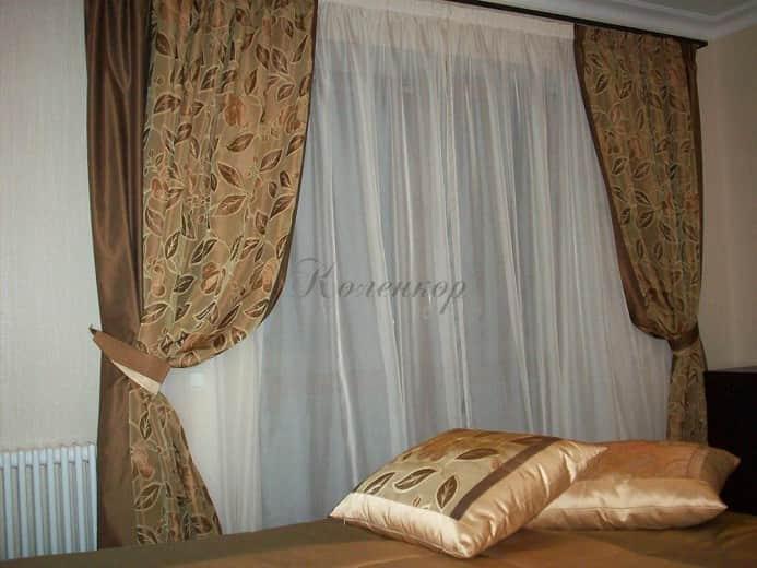 Итальянские шторы с узором в спальню