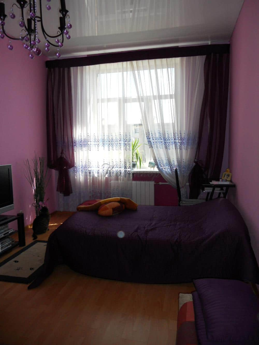 Итальянские шторы для спальни в насыщенных цветах
