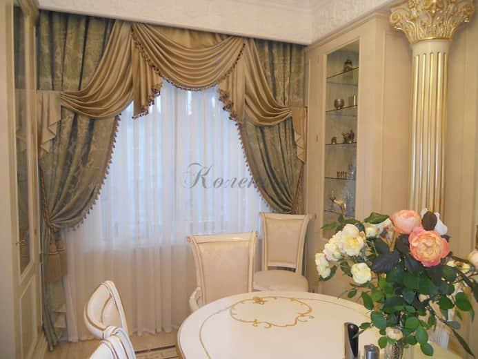 Классические шторы для оформления столовой