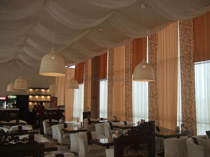 Японские шторы с узором для ресторана