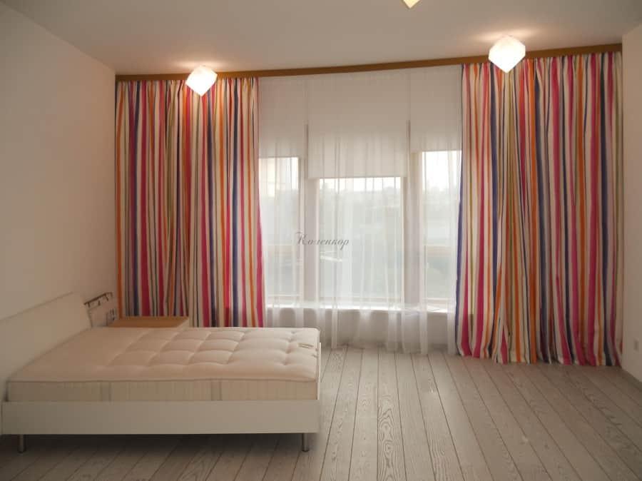 Фото штор 28: жалюзи, плиссе, рулонные шторы