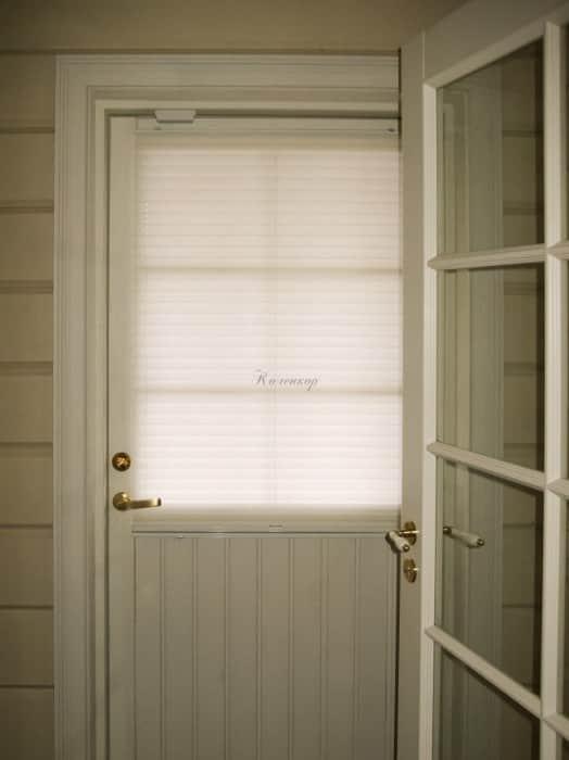 Фото штор 43: жалюзи, плиссе, рулонные шторы