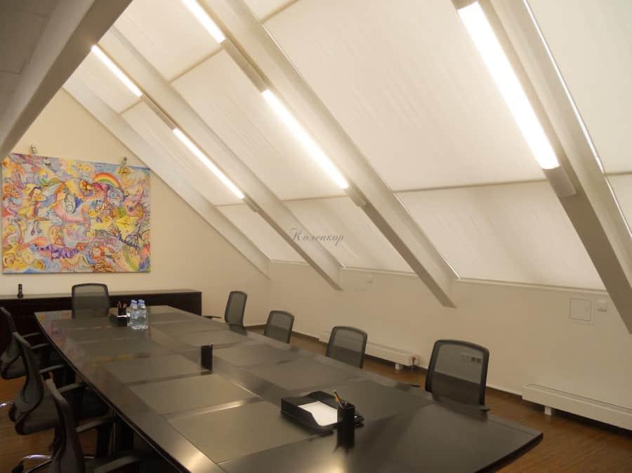 Фото штор 45: жалюзи, плиссе, рулонные шторы