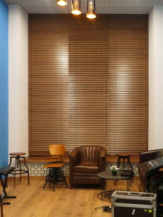 Фото штор 48: жалюзи, плиссе, рулонные шторы