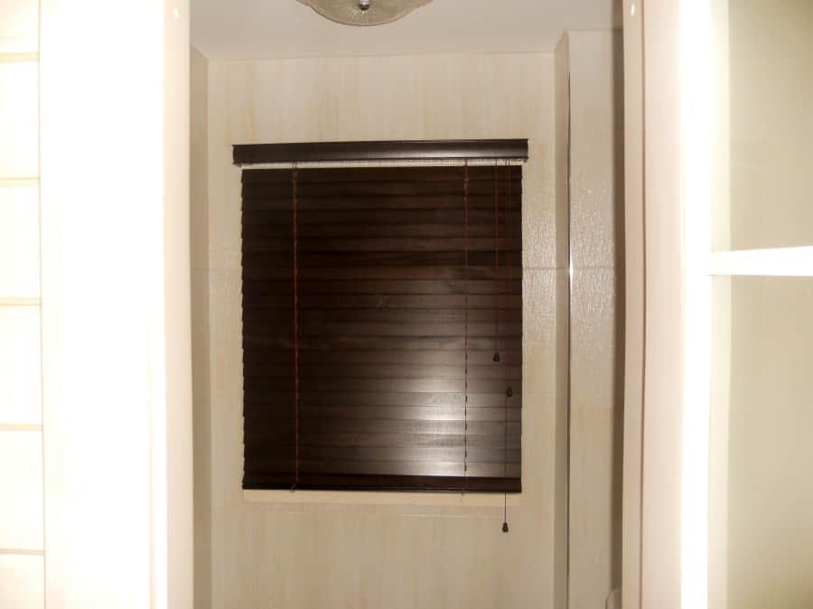 Фото штор 53: жалюзи, плиссе, рулонные шторы